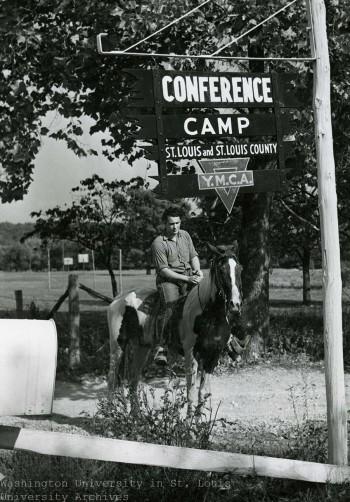 freshmen_camp-horse