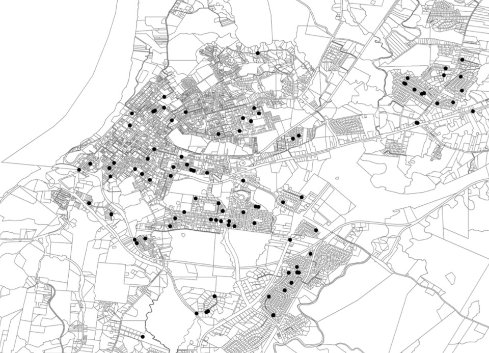 The map of Natchez, Mississippi, displays a relatively wide range of the city with 70+ dots designating KKK member residences noted on the map.
